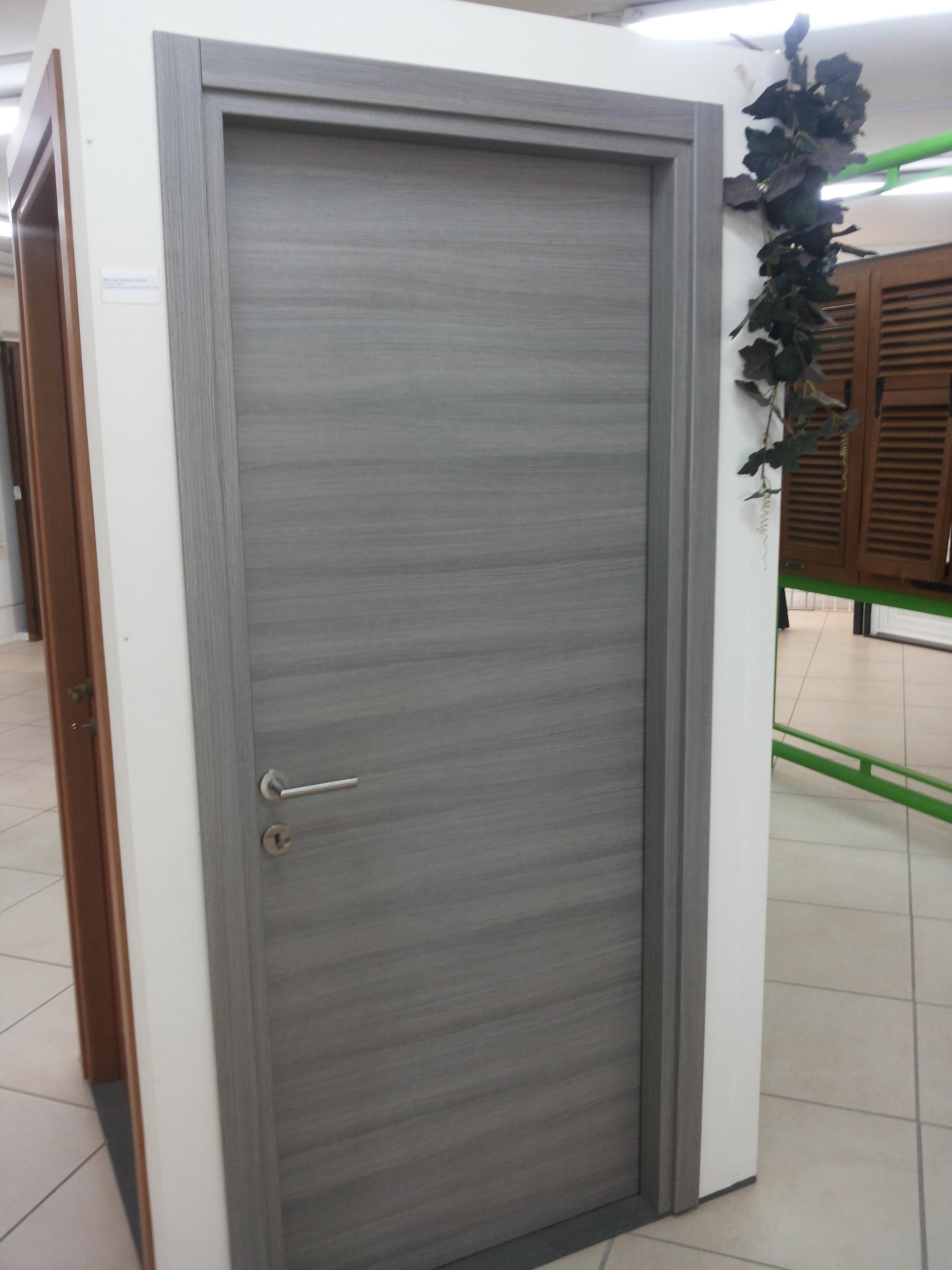 Porte interne by lineal due viareggio - Porte interne rovere grigio ...